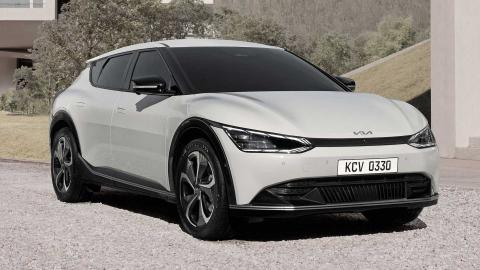 KIA receives over 33,000 EV6 pre-orders, including 7,300 reservations, in Europe